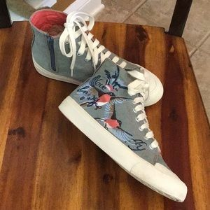 Adorable Zara high top sneakers w embroidery